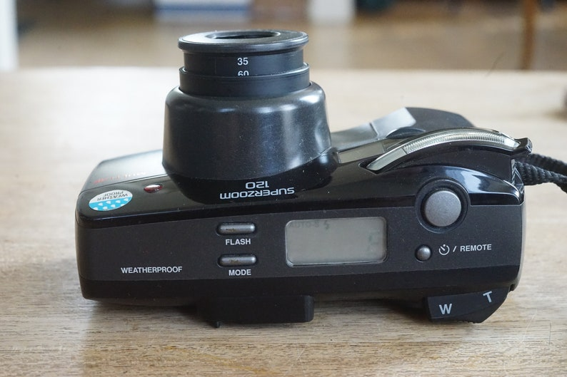 very nice! classic point and shoot Olympus Superzoom 120