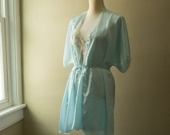Vintage Val Mode Blue Floral Lace Nightgown and Robe Set