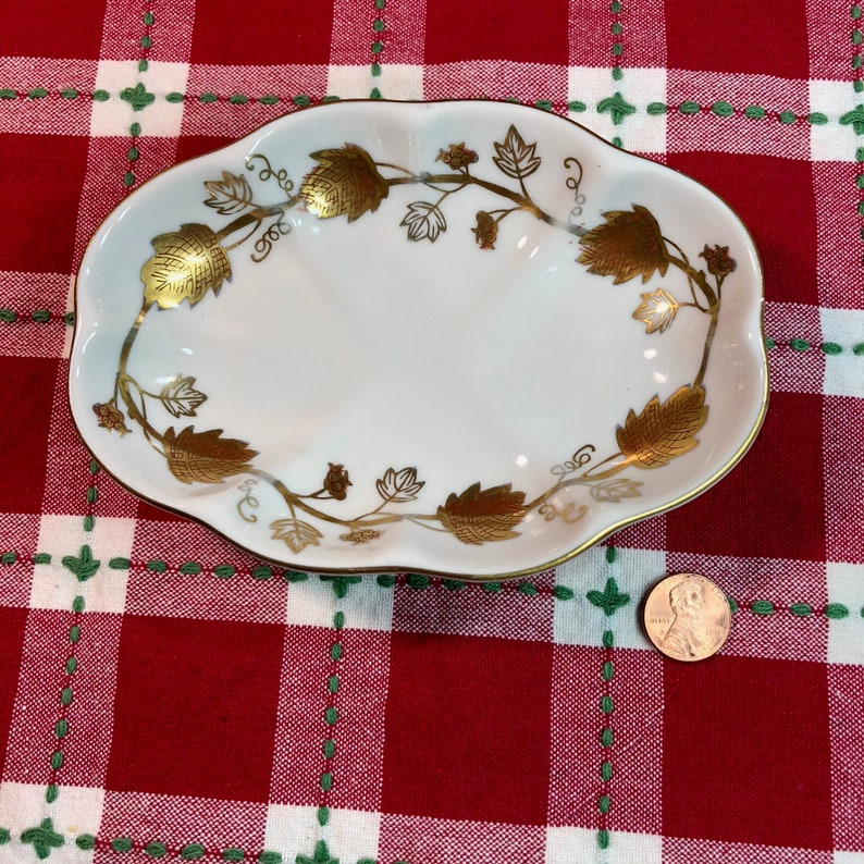 Christmas Gift Soap Dish by Stylebuilt in Gold and Porcelain Bathroom Decor Wedding Gift Birthday Gift Farmhouse Decor