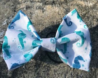 Sea Horses Bow