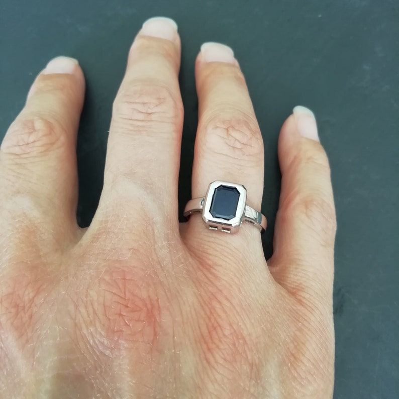 U.S size 7 RETRO Real SILVER Blue Crystal ring UK Size N 12 Retro Square Cut Crystal Sterling Silver Band Ring