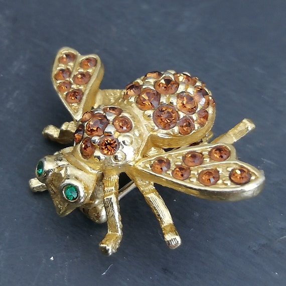 JOAN RIVERS Brooch, 80s vintage rhinestone bee pin