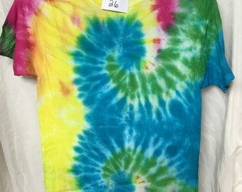 Tie Dyed T-Shirt Adult Medium  (AM-26)