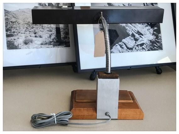 Lampe de bureau réglable rétro & vintage en bois et métal