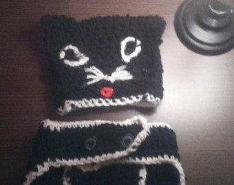 Black cat diaper cover and hat