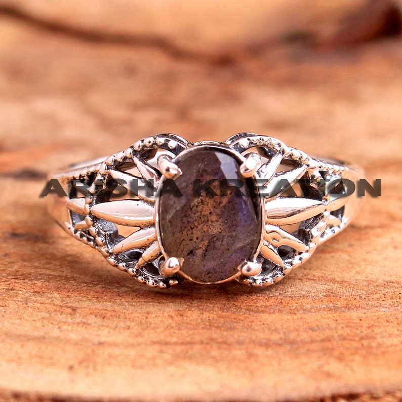 Faceted Labradorite Oval Gemstone Ring For Easter Sale 925 Sterling Silver Handmade Designer Unisex Ring Jewelry US Size 8 ar6758
