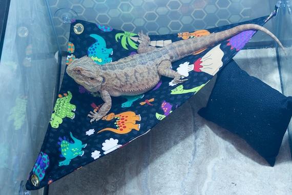 Aliens hammock Bearded dragon hammock Lounge pillow.