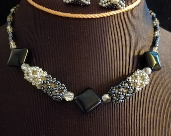 Hand-sewn handmade choker with glass beads, black onyx and Swarovski Bicone