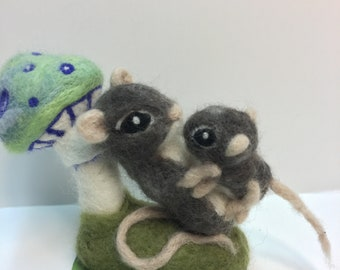 Needle Felted Mouse Mother and Baby
