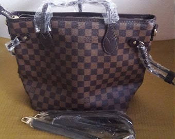 Louis vuitton bag  e9d42a54af36a