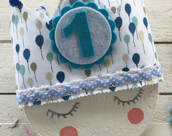 Birthday fabric crown with blue balloon stamping