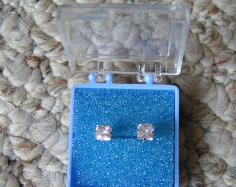 Studex Classic Clear & Sparkly Cubic Zirconia Post/Stud Earrings