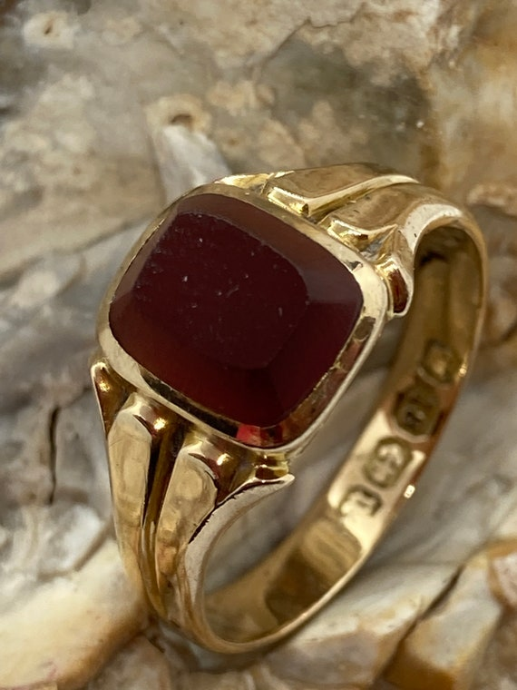 1887 carnelian or bloodstone signet ring 18ct gold