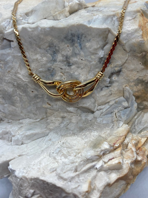 1979 vintage 9ct gold knot style bib necklace S li