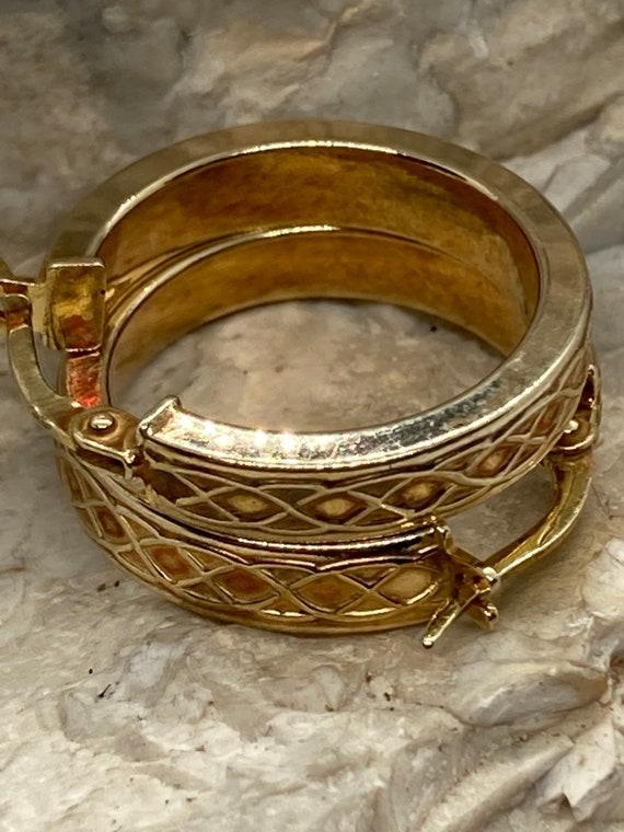 9ct gold vintage hoop earrings