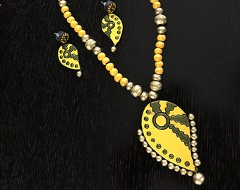 Yellow clay beads necklace with Earrings