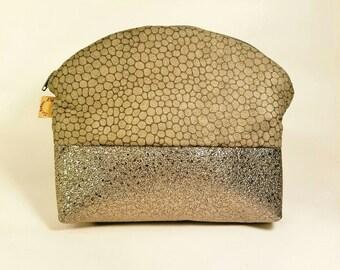 Cosmetic chic tote bag, brilliant