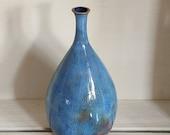 blue vase, ceramic blue vase