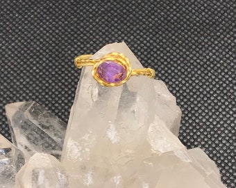 Wire wrapped ring with amethyst stone - size 8