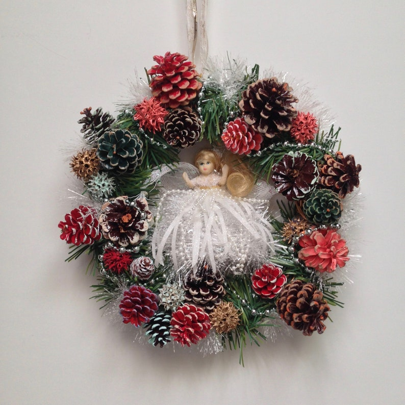 12 White Angel Pinecone Wreath Floral Wreath Home image 0