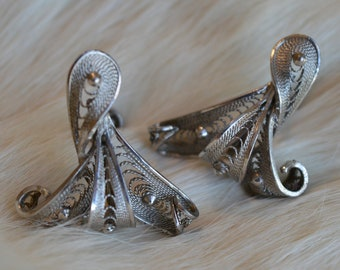 Silver Filigree Screw Back Earrings Vintage