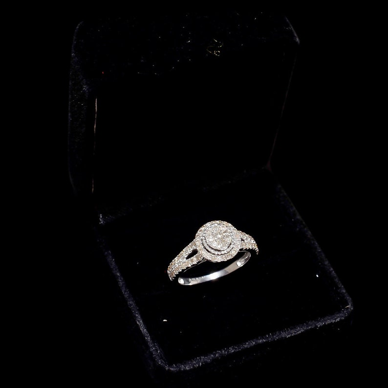 Diamond Rings,Diamond engagement ring,Diamond wedding rings,Diamond birthday ring