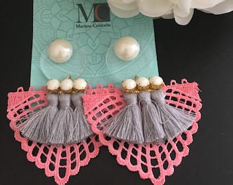 Earrings in shades of pink, grey and pearls