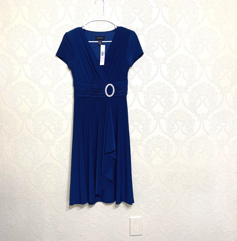 New stretchy Fishtail Layers Fit And Flare BLUE COCKTAIL DRESS sz 6 Excellent Clean