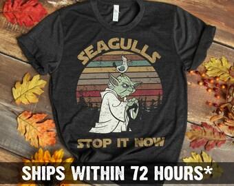 12742a0b64fc2e Sunset retro style - Seagulls Stop It Now T-shirt - Star Wars Yoda Funny T- Shirt - Master Yoda Shirt - Yedi Shirt - Seagulls - Retro Style