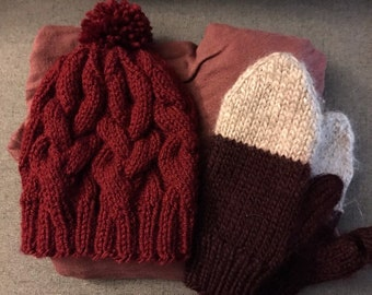 97f3ad7c3ad Red cable knit hat