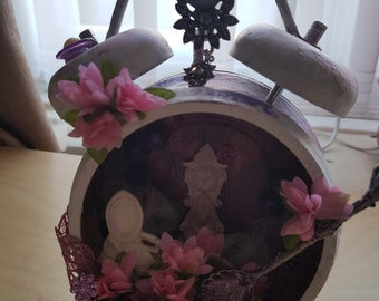 Altered Tim Holtz clock