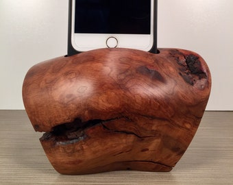 Madrone Docking Station