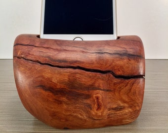 Madrone Root Docking Station