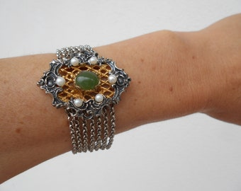 Historical Renaissance style silver Bracelet guilded with oval cabuchon Jade stone solid silver bracelet