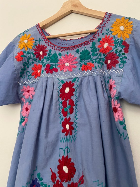 Short Floral Dress Beautiful Traditional Dress Handmade Mexican Dress Colorful Embroidered Dress Made in Mexico. Mexican Kimono Dress