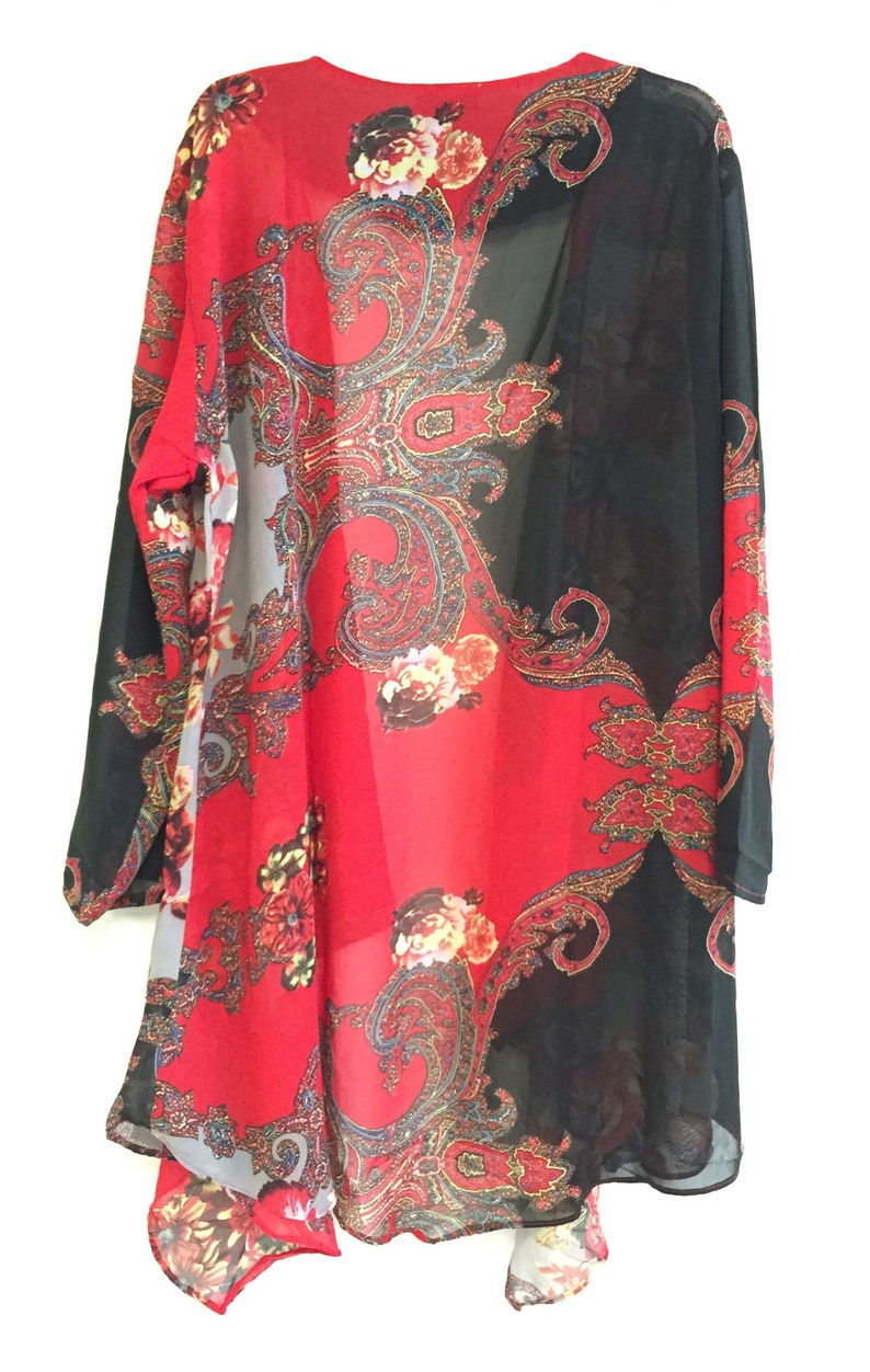 Women/'s Plus Size Jacket Dress Set Embellished With Beads and Sequins.