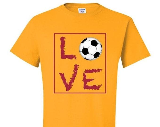 Love Soccer T-shirt Soccer Moms Dads Kids Soccer Gift Tee