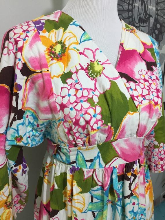 1970s Vibrant Floral Barkcloth Maxi Dress//Kimono… - image 5