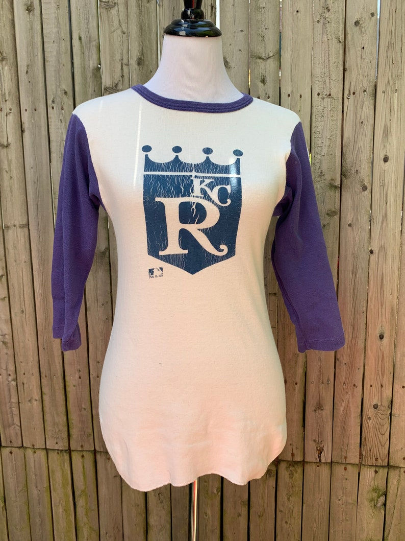 Vintage Healthknit \u201cKansas City Royals\u201d  blue x white baseball t-shirt Made in USA features