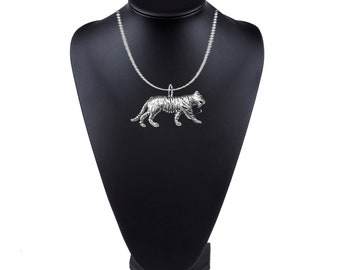 Tiger on a 18 inch platinum chain necklace jewelry codes PPA09 Jewellery gift