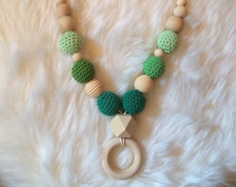 Breastfeeding and Babywearing Green necklace