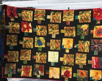 Mullti-colored Floral Handmade Quilt