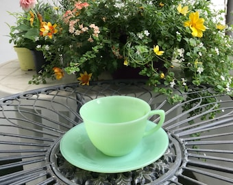 United States/Fire King Jane Lei Cup & Saucer 1 set