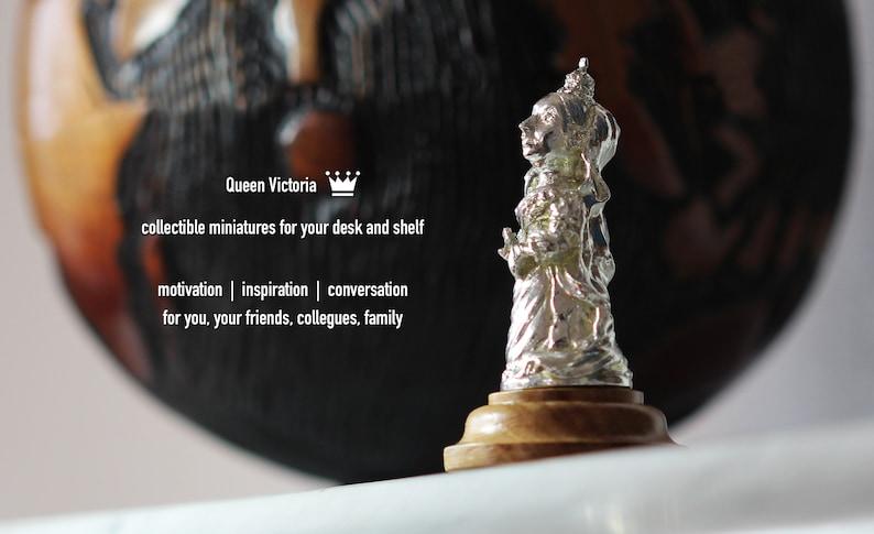 Queen Victoria - historic miniature / statue - for your desk or shelf