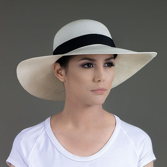 Panama Hat 1Free HatAvocado Style Wide Brim Toquilla Palm Material ... 2a44bbe8ef4