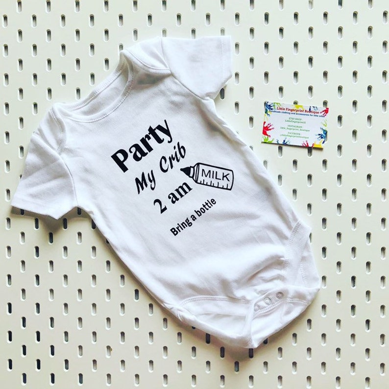 PARTY MY CRIB 2AM BABY VEST BABYGROW CLOTHING SHOWER GIFTS BOY GIRL PERSONALISED