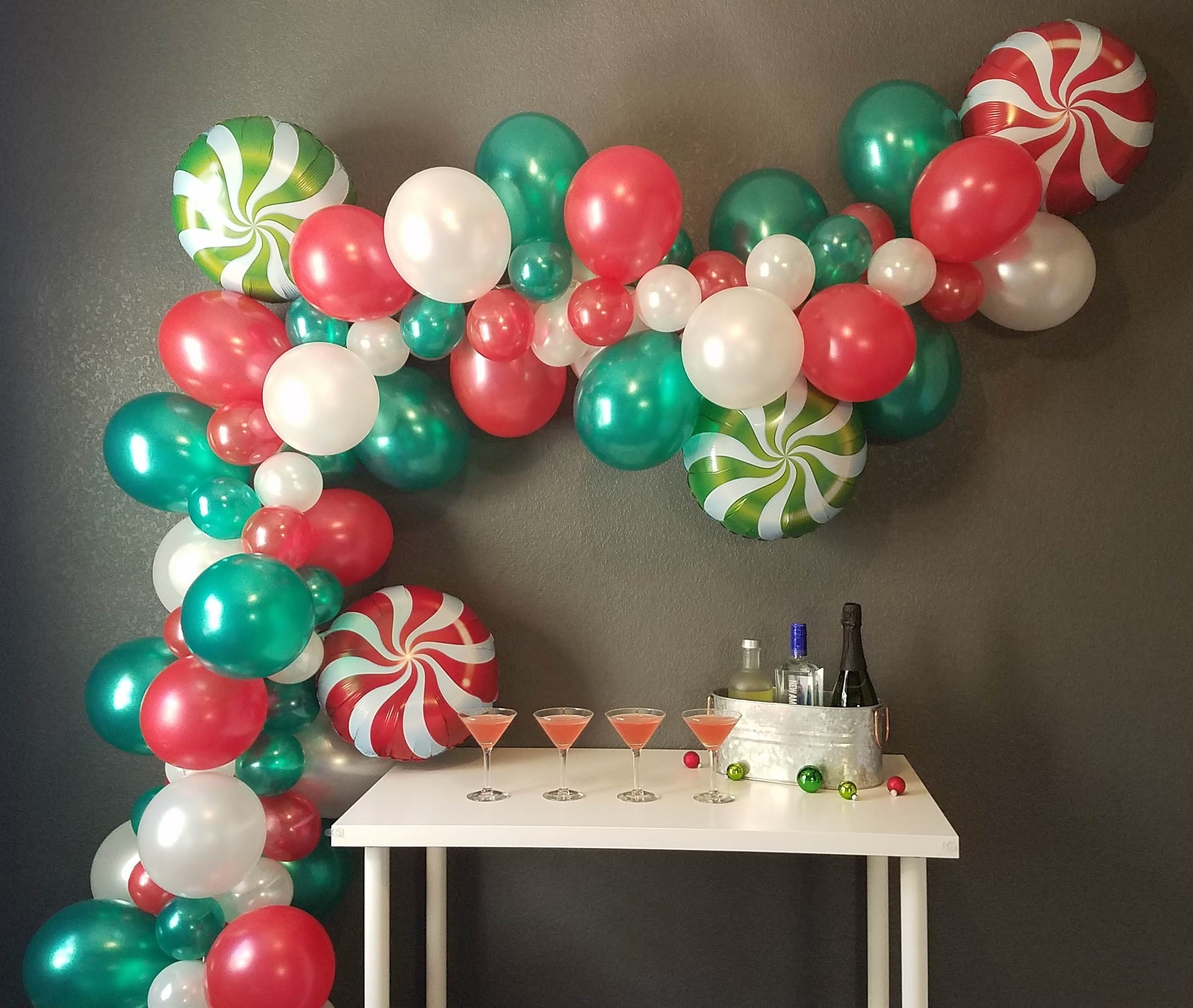 Christmas Is Coming Peppermint Diy Balloon Garland Kit 5 15 Includes Pump Wall Hooks