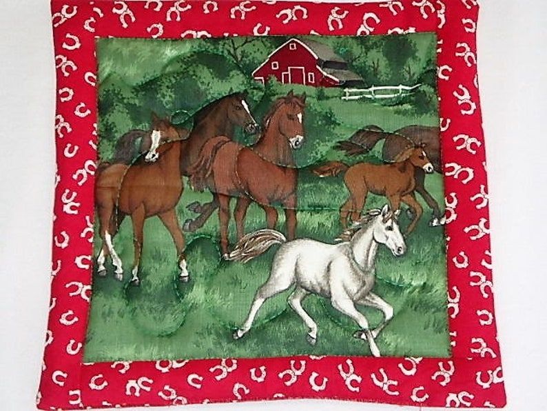 Unique Horse Pot Holders Gift Farm Hot Pads Horse Hot Pads Horse Lovers Gift Horse Pot holders Quilted Horse Hot Pads Set of Two