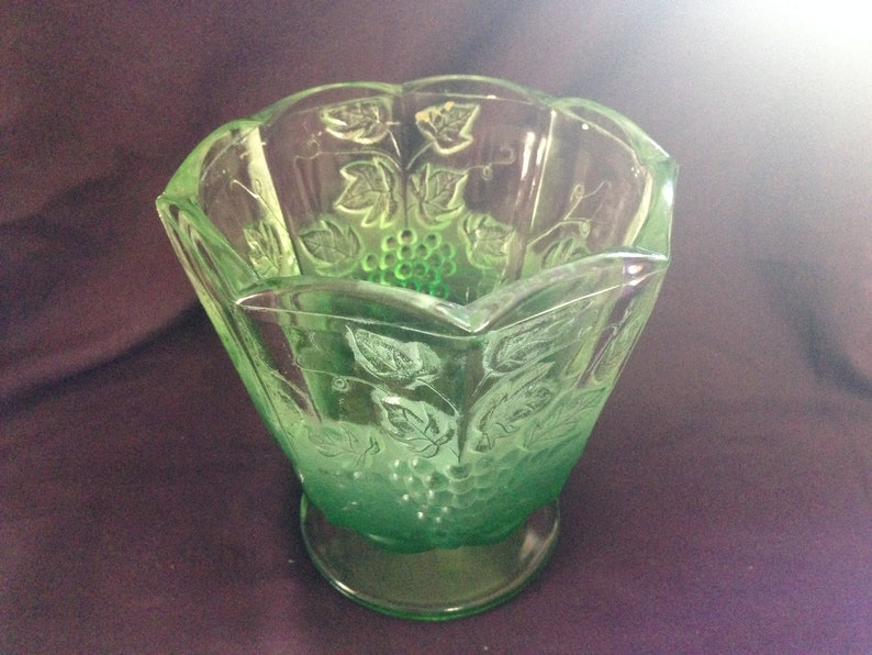 SALE! 1920\'s etched glass dish