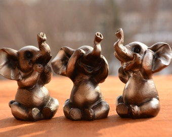 PIG MONKEY ELEPHANT AND FROG SEE NO SET OF 4 HEAR NO SPEAK NO EVIL SET